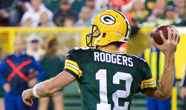 Green Bay Packers Quarterback Aaron Rodgers throwing the football. 2018 NFL Week 9 Fantasy Football Quarterback Rankings