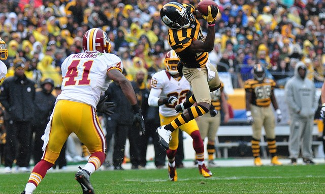 Pittsburgh Steelers Wide Receiver Antonio Brown catching the football