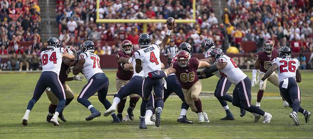 Houston Texans Quarterback Deshaun Watson throwing the football