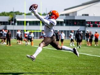 NFL Cleveland Browns wide receiver Odell Beckham Jr. making a spectacular catch in training camp