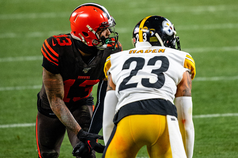 NFL Pittsburgh Steelers cornerback Joe Haden lined up against Cleveland Browns wide receiver Odell Beckham.