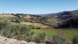 Ginestreto, vista dalle mura del borgo