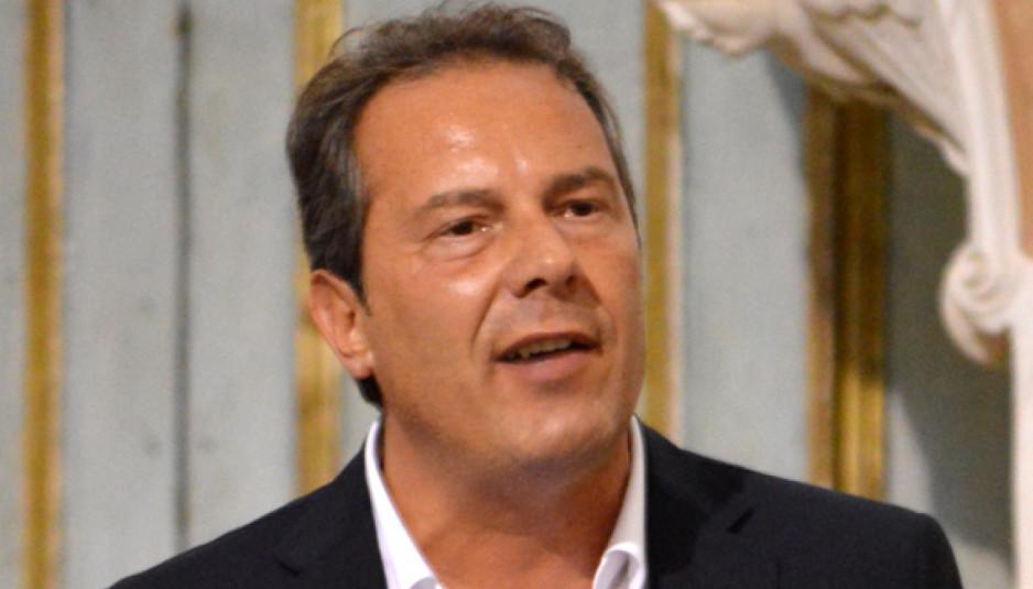 Spina: «Ecco tutti gli abusi del consigliere Losapio»