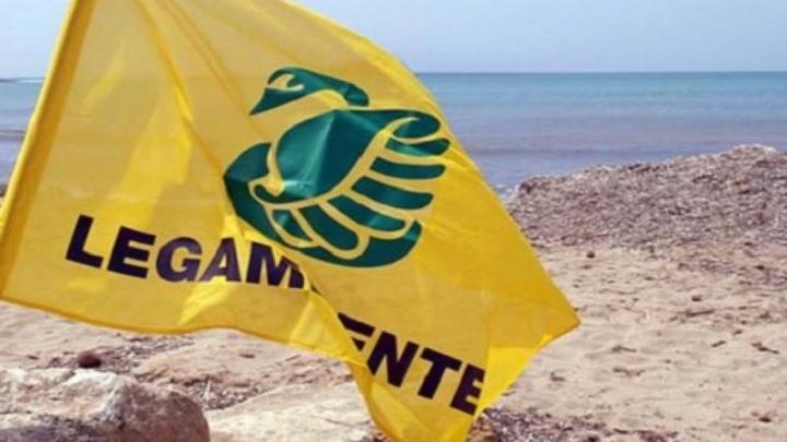 Rinviata la pulizia della spiaggia Macello promossa da Legambiente