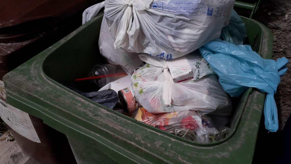 Errato conferimento dei rifiuti: 87 sanzioni condominiali in tre giorni