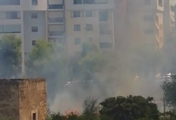 Ancora incendi in città. Vigili del Fuoco intervengono in via Cala dell'Arciprete