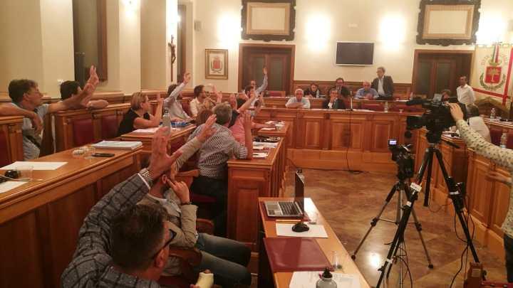 Raffica di debiti fuori bilancio da riconoscere nel prossimo Consiglio comunale