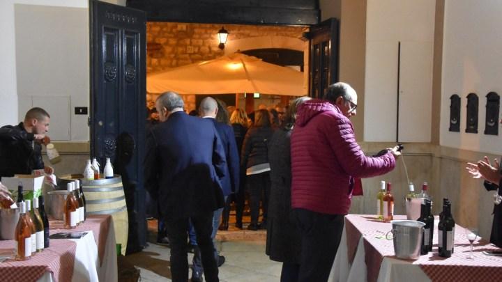 Calici nel Borgo Antico regala emozioni uniche nel meraviglioso centro storico di Bisceglie