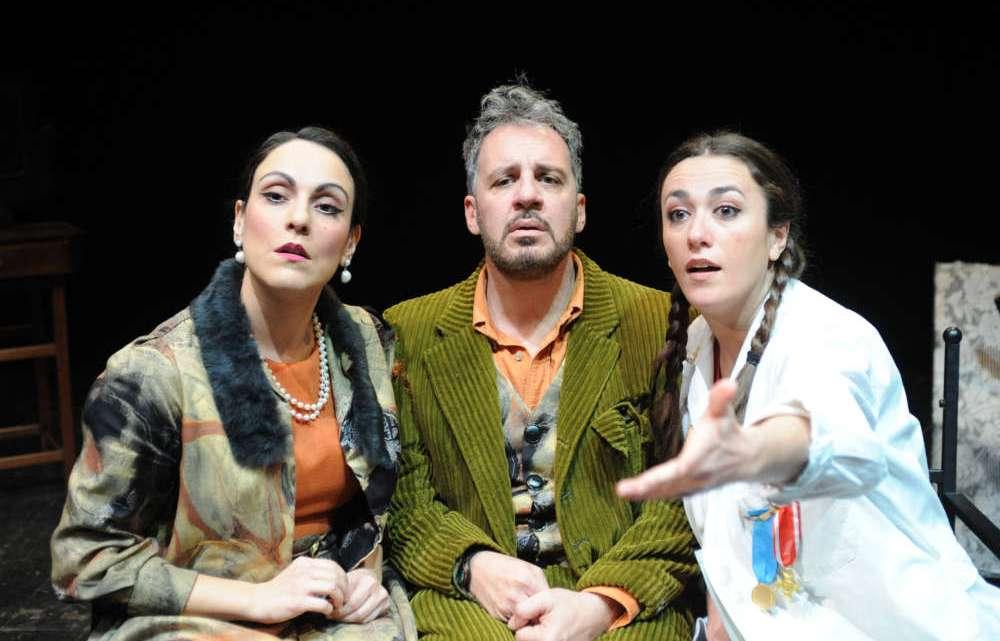 """Al Teatro Don Sturzo una comicità """"folle"""""""