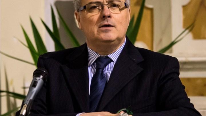 Bilancio, Napoletano (Il Faro-Pci): «A Bisceglie sta il Sindaco?  Purtroppo sì, e fa danni»