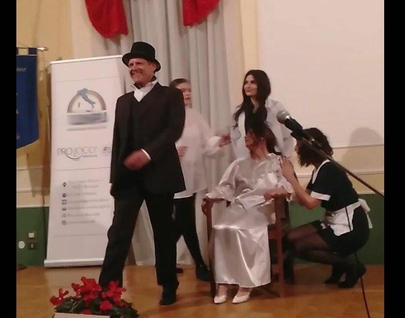 Nicola Losapio celebra il dialetto pugliese
