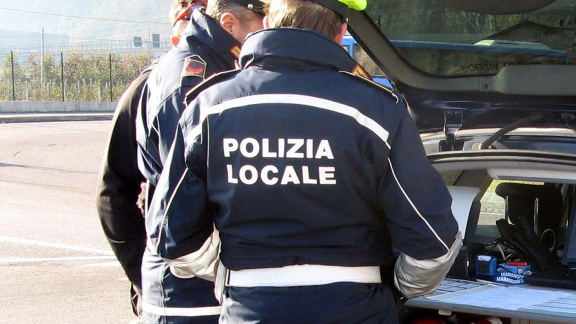 Sindaco e Vice Sindaco: un  plauso agli agenti di Polizia