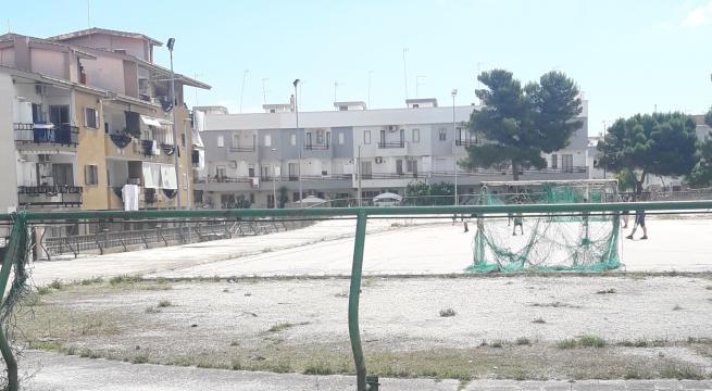 Quel che resta dell'impianto sportivo di Salnitro