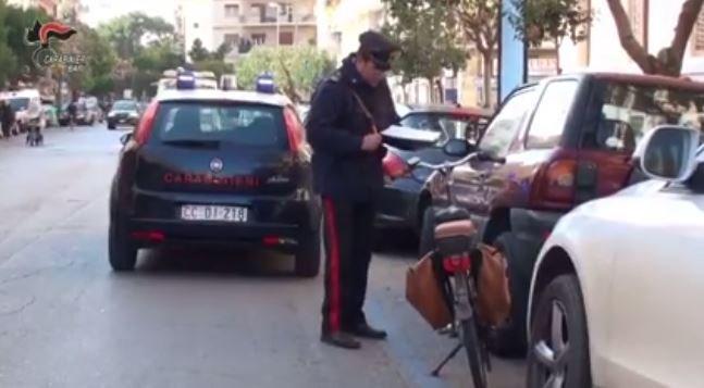 38 le bici elettriche sequestrate dai Carabinieri. Multe per 6mila euro