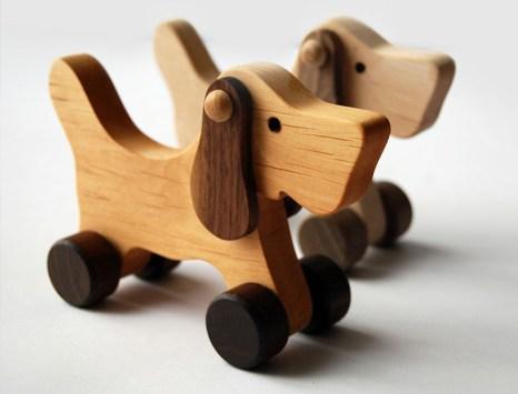 b_zabawki-drewniane-naturalne-piesek2