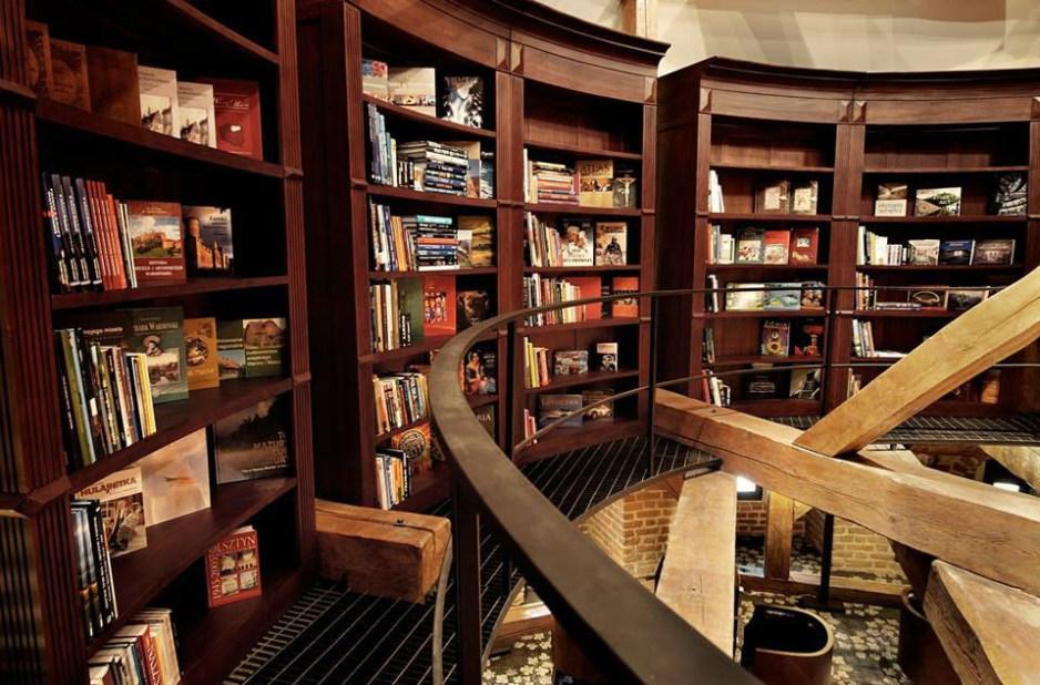 hotelkrasickibiblioteka