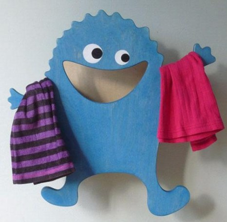 cute-and-funny-little-monster-laundry-clothes-hanger-for-kids-bathroom