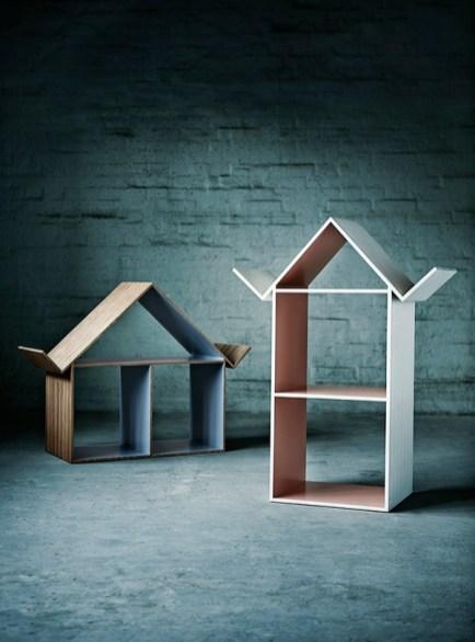 bokcase-dollhouse