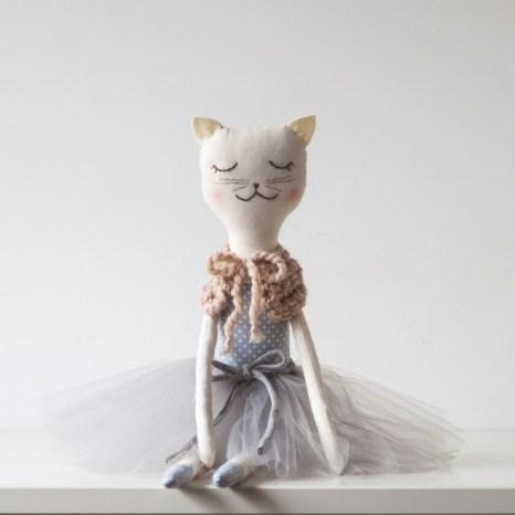 przytulanka-kot-ella