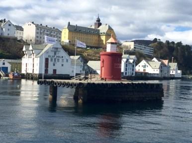 Andrea Miramontes-instagram-lado b viagem-Alesund-noruega (3)