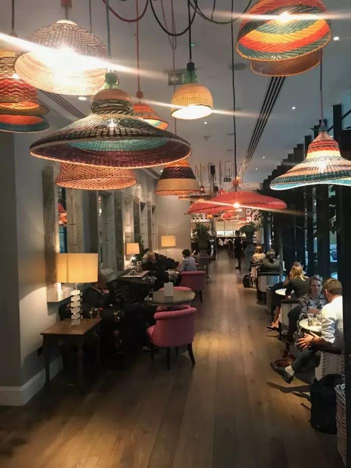 designer de interiores Kit Kemp, uma das donas da rede de hotéis de luxo Firmdale