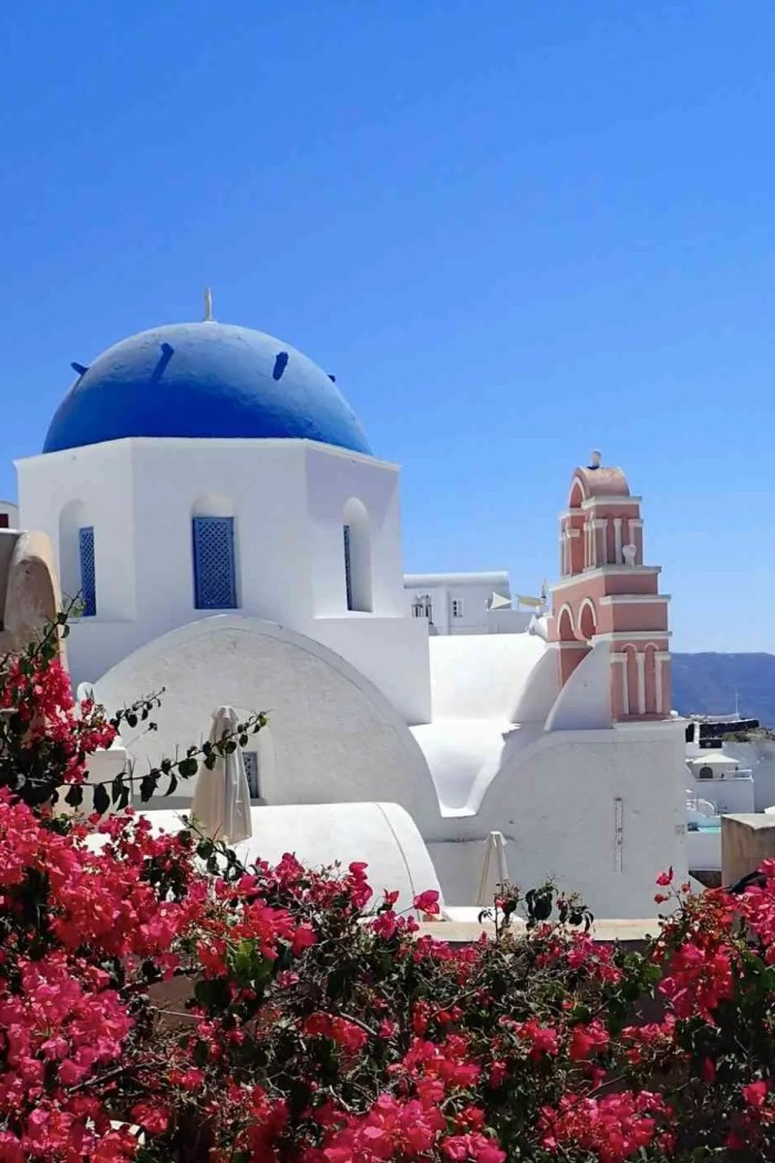 12 Brilliant Travel Tips for Island-Hopping in Greece