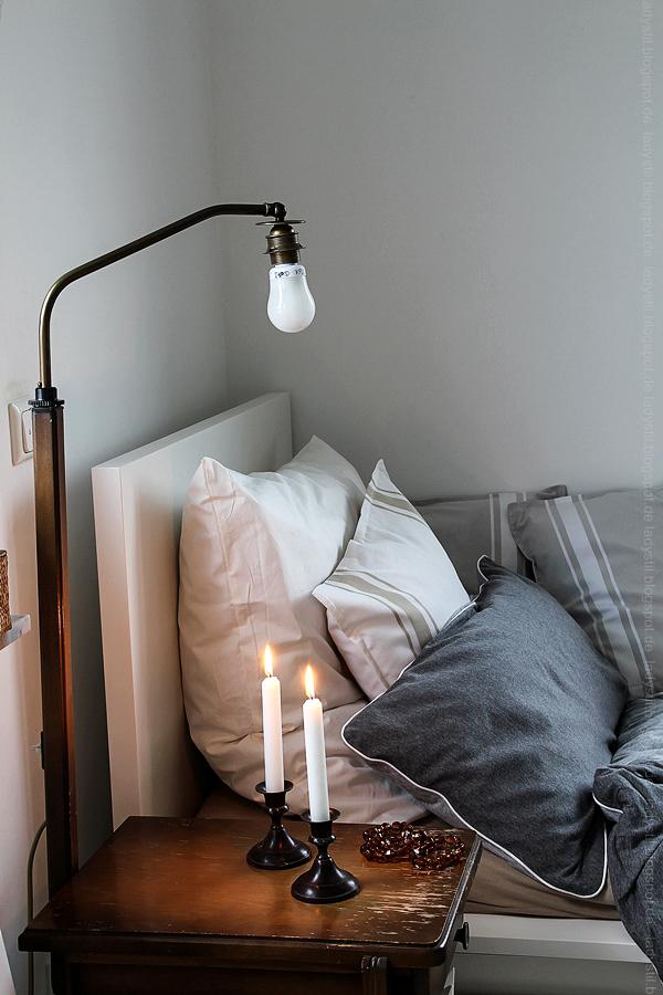 DekoDonnerstag, Schlafzimmer in Weiß Grau Holz mit Bohoelementen