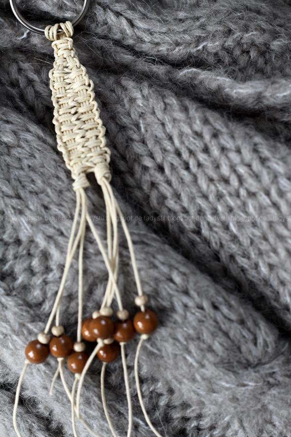 Weihnachtsgeschenke Tipp für Männer und Frauen, DIY Makramee Armbänder und Schlüsselanhänger, fallaccessoires,