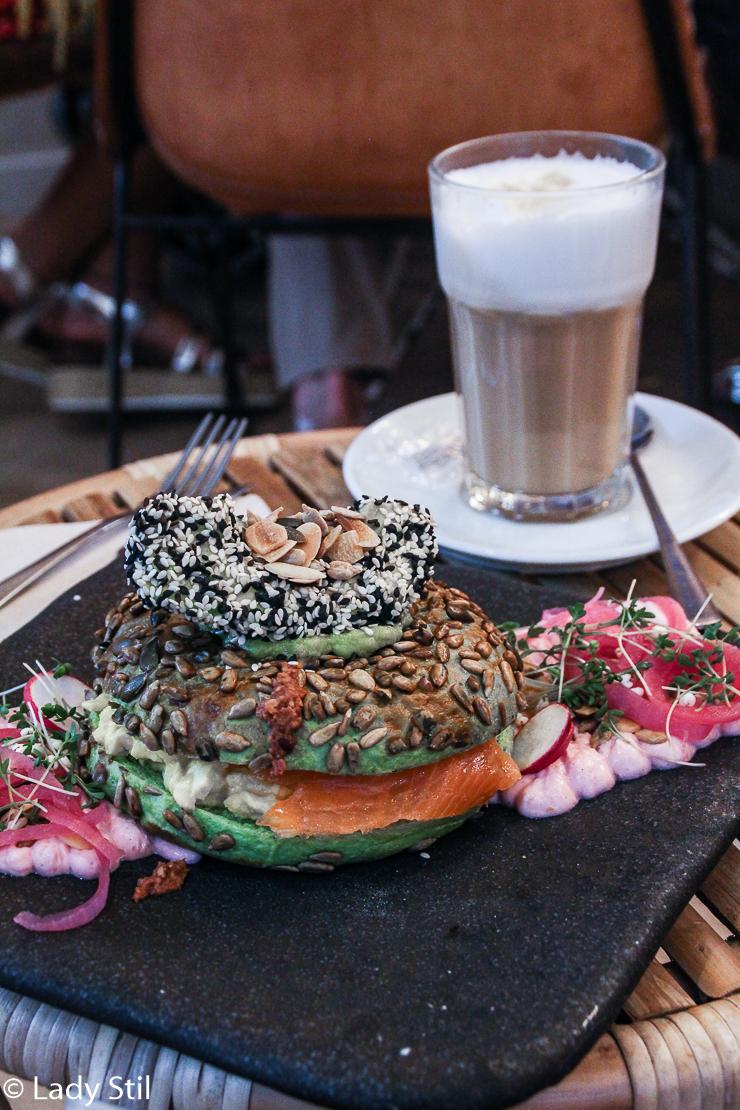 Barcelona Städtetrip Brunch and Cake Frühstück