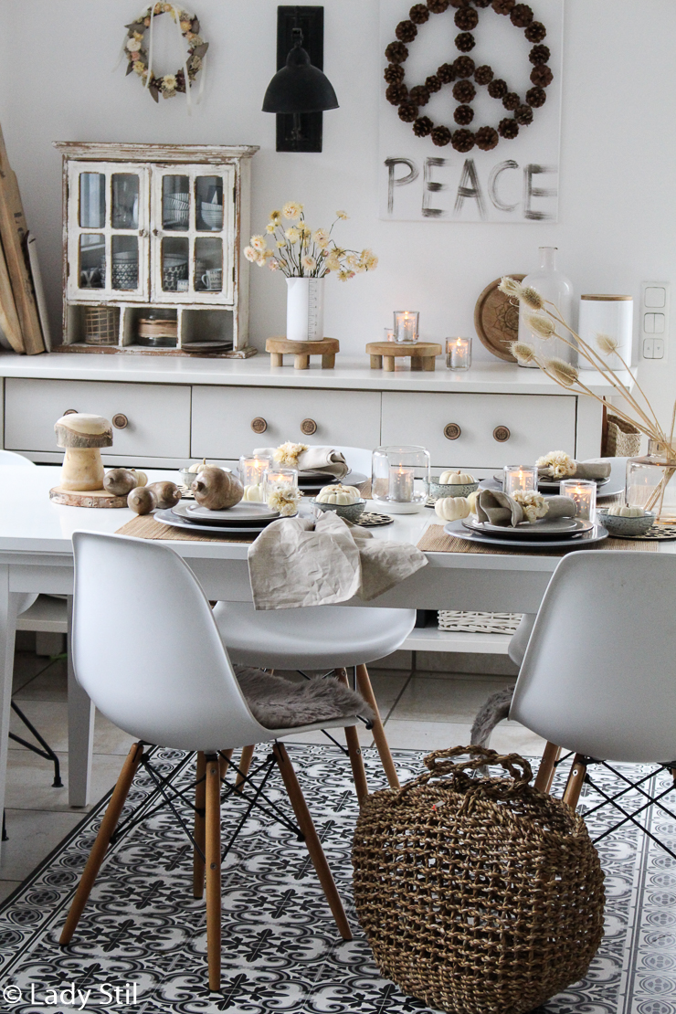 Strohblumen DIY Serviettenringe herbstliche Tischdeko