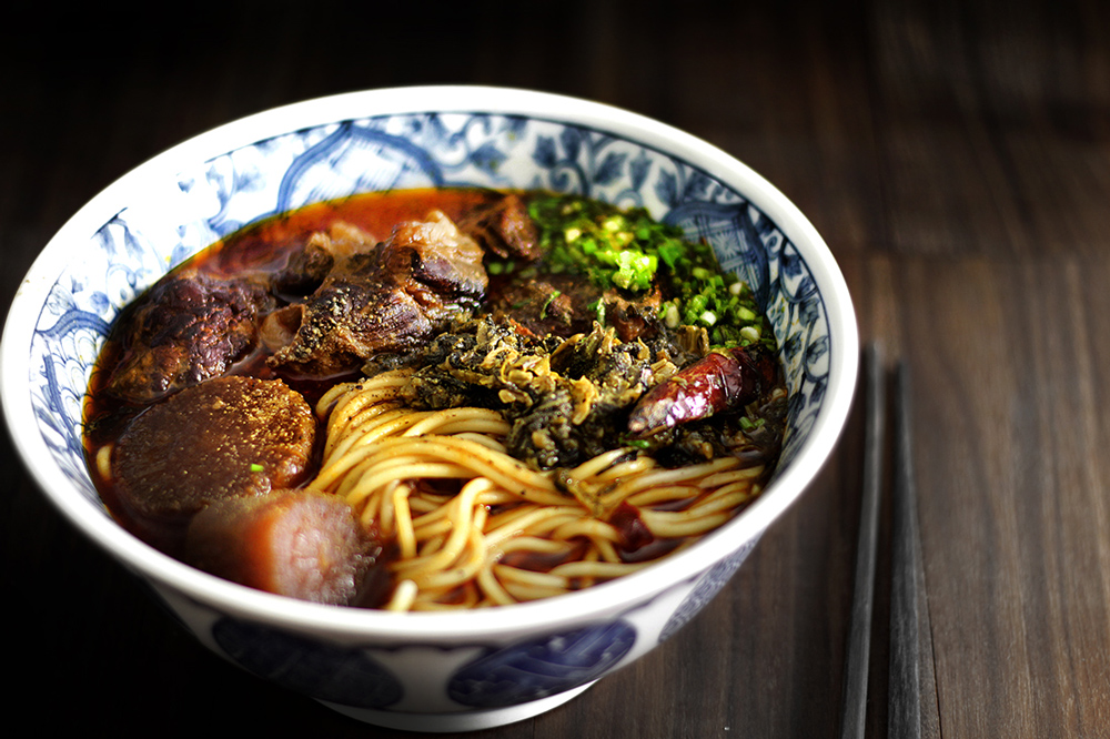 taiwanese-beef-noodle3