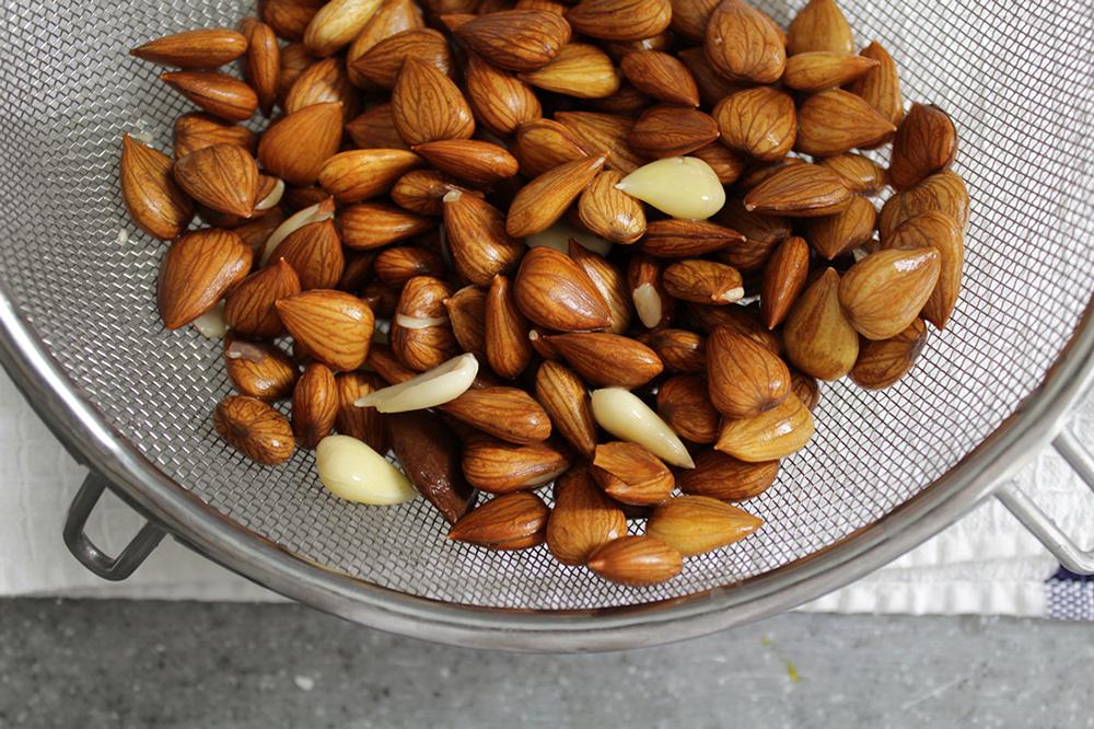 almond-milk9