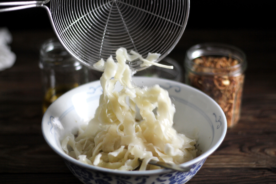 crack-slurp-noodle18