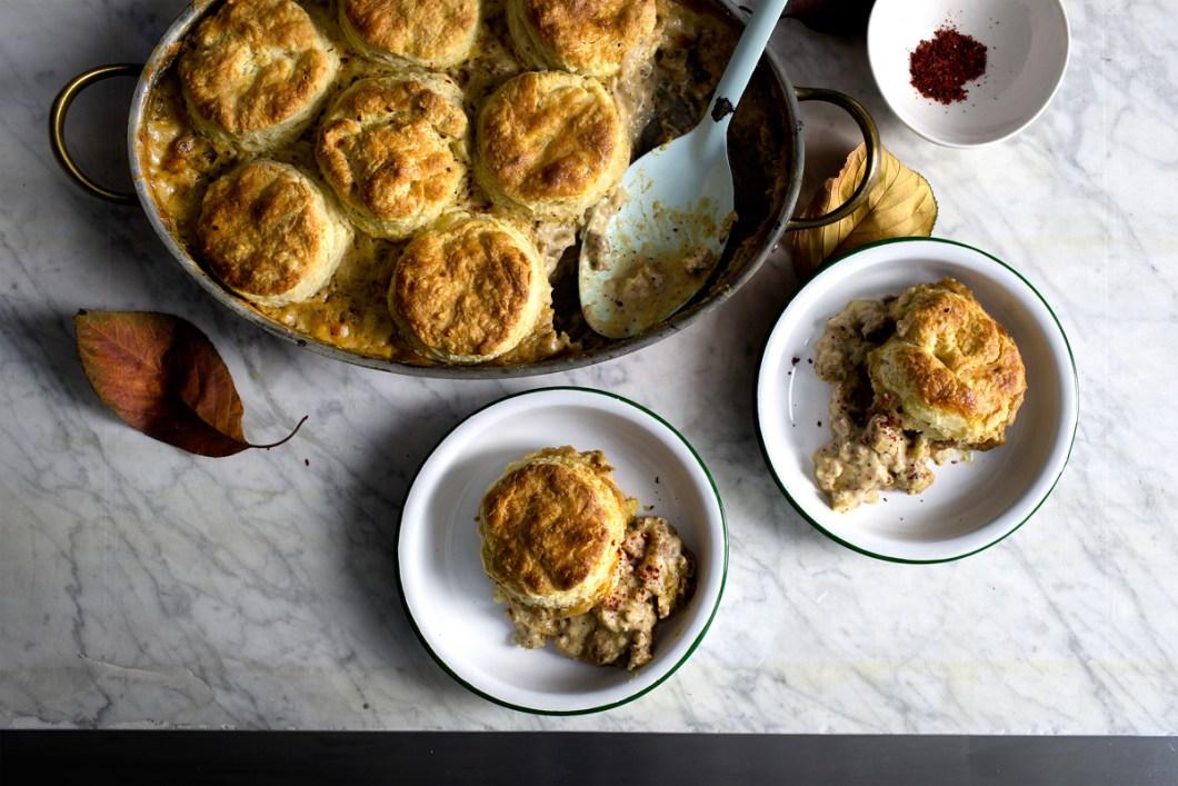biscuit-gravy-casserole21
