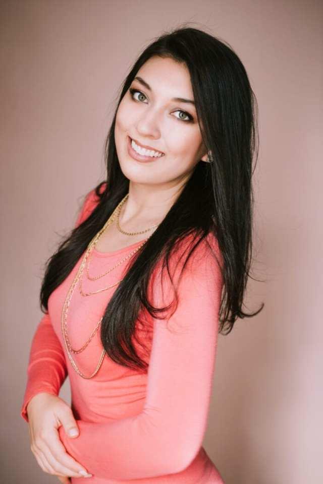 Elaine Rau founder of LadyBossBlogger.com