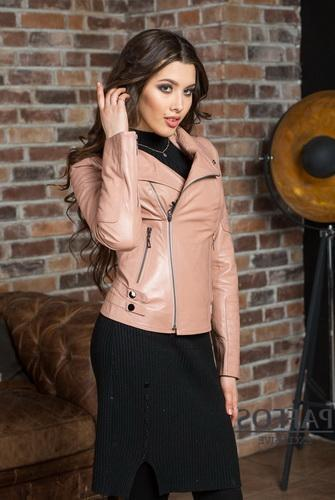 Fashionable colors of jackets for spring and autumn 26