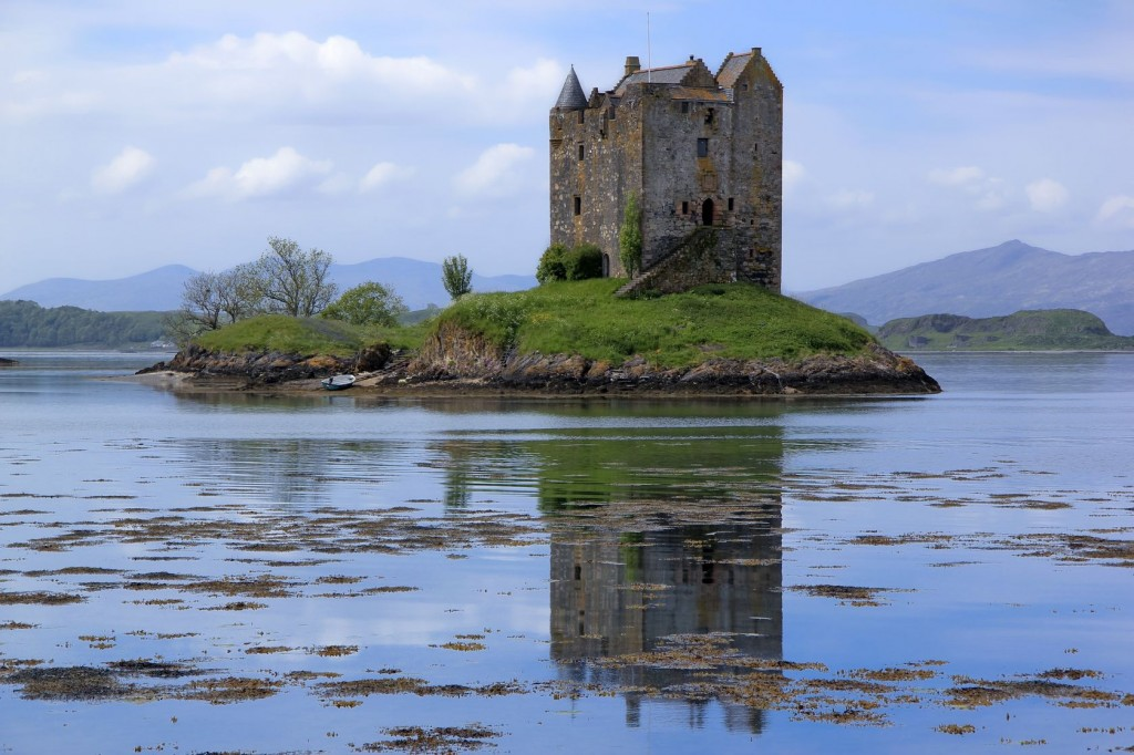 Fall In Love With Me Wallpaper Can T Afford A House Buy A Castle In Scotland Ladyclever
