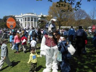 Con el Conejo de Pascua