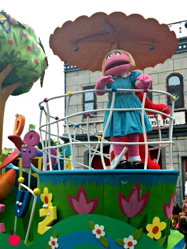 Sesame Place parade 1