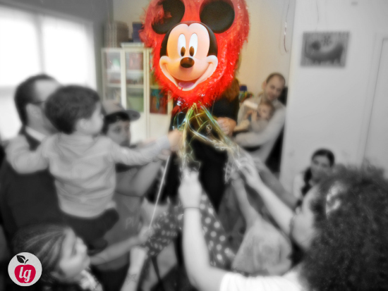 How to Throw a Fun and Affordable Mickey Mouse Birthday Party