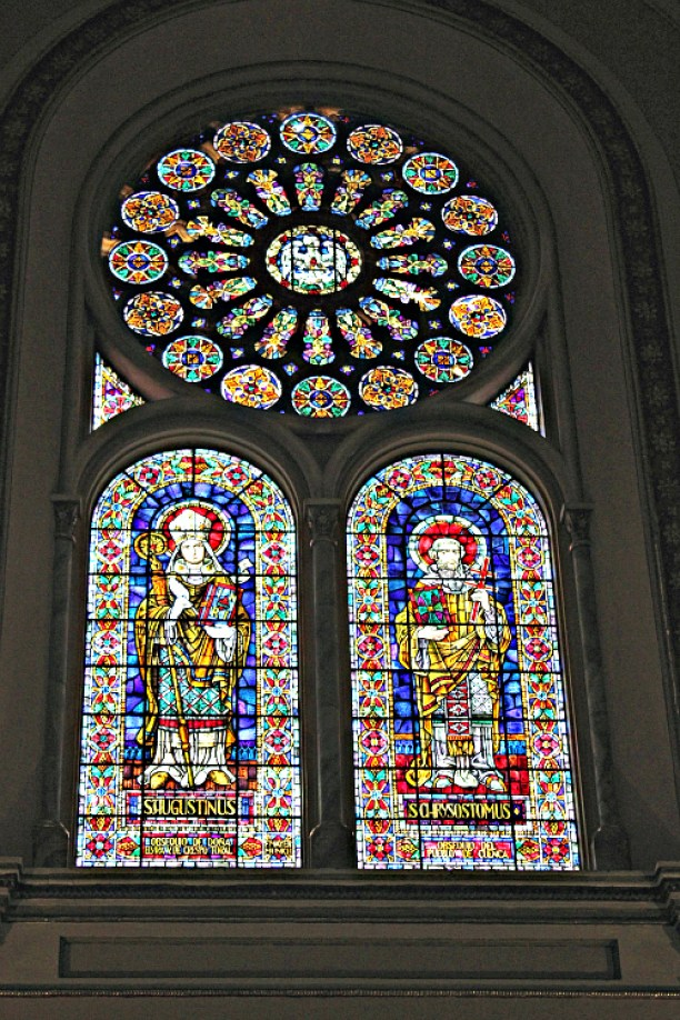 Nueva catedral-Stained Glass