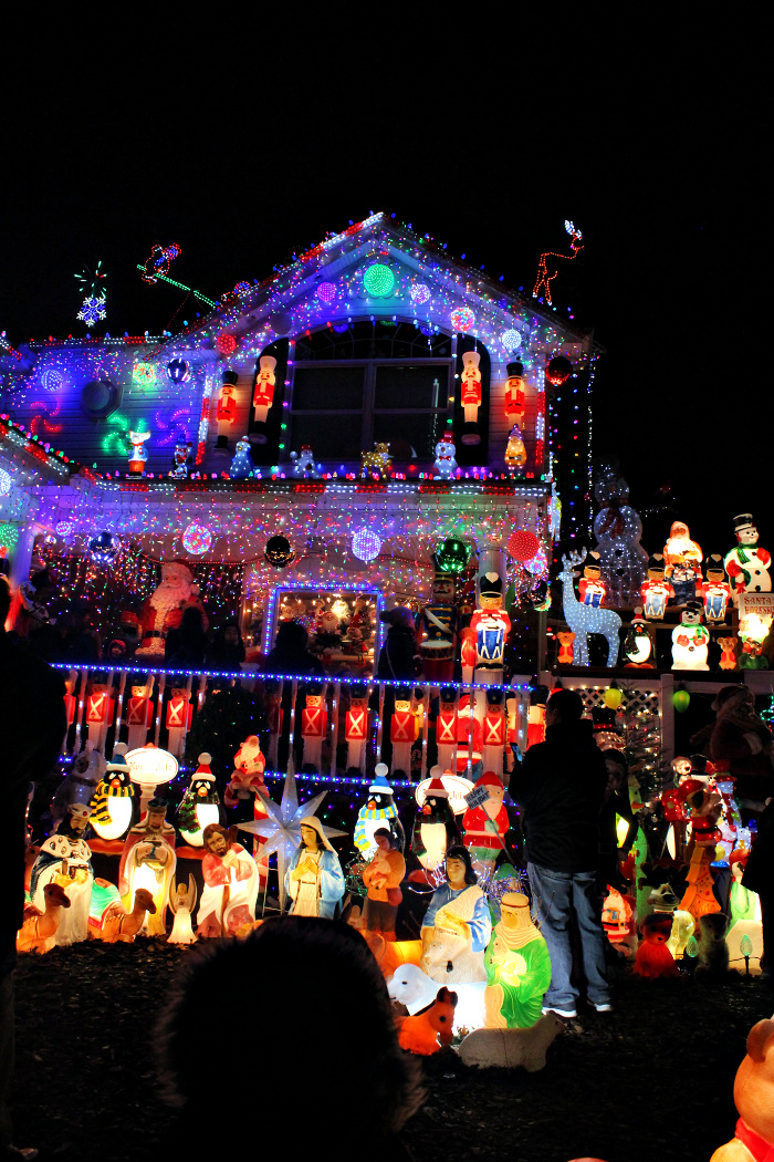 Celebrate Christmas in New York with Kids like a Local by visiting this house in Whitestone, NY~