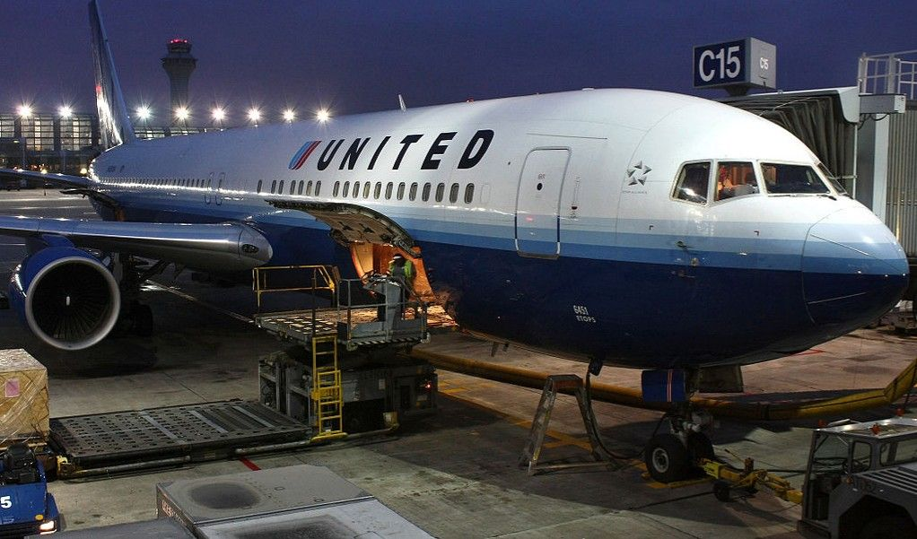 United Airlines is Changing its Pet Policies in Wake of In-Flight Pet Deaths