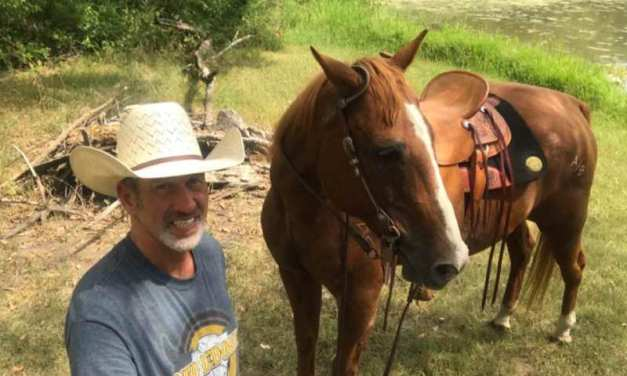 Man's Dying Wish Granted When He Sees His Horse One Last Time
