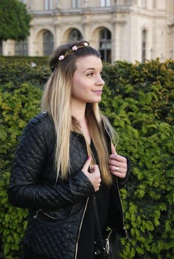 alt-black-look-couronne-fleurs-roses-boheme