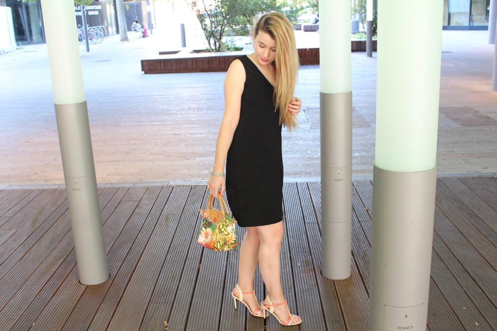 alt-lady-heavenly-look-petite-robe-noire-sac-lonchamps