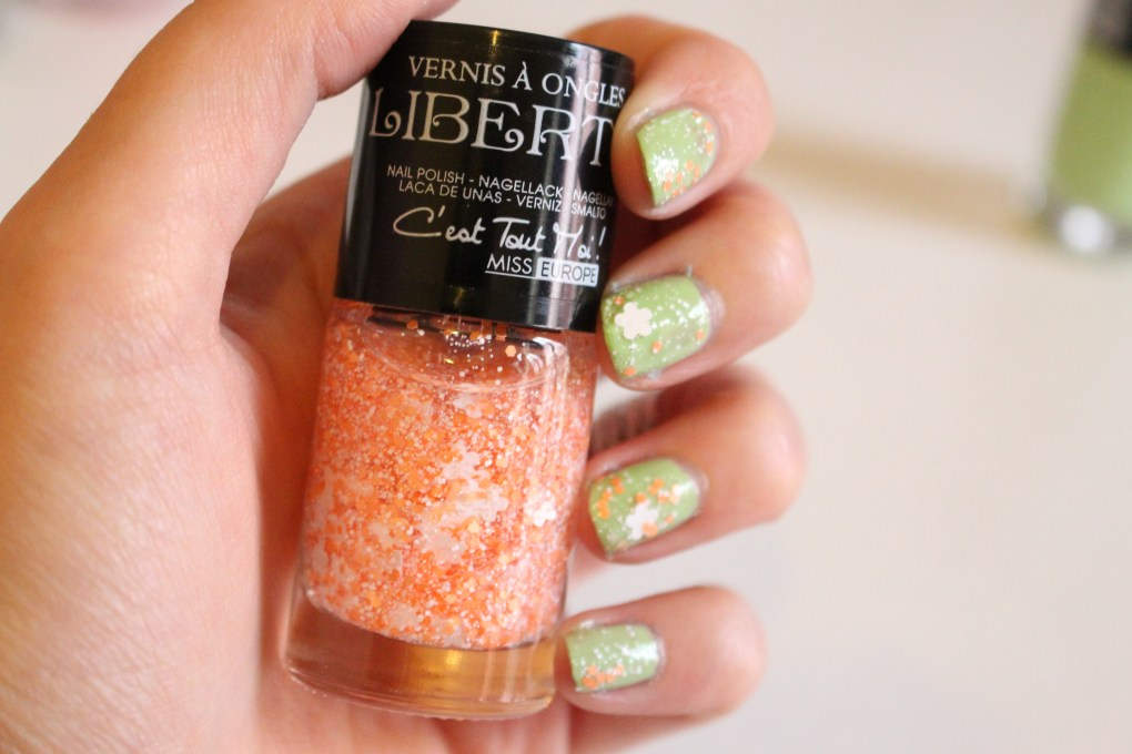 alt-vernis-liberty-nail-art-lady-heavenly