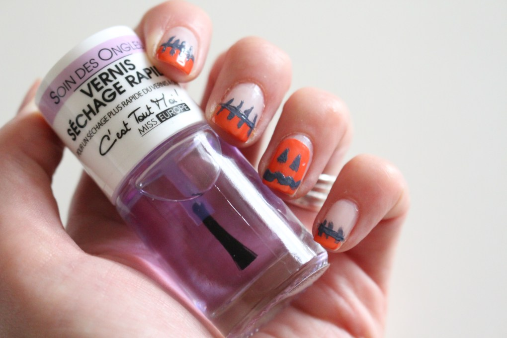 alt-halloween-nail-art-citrouille