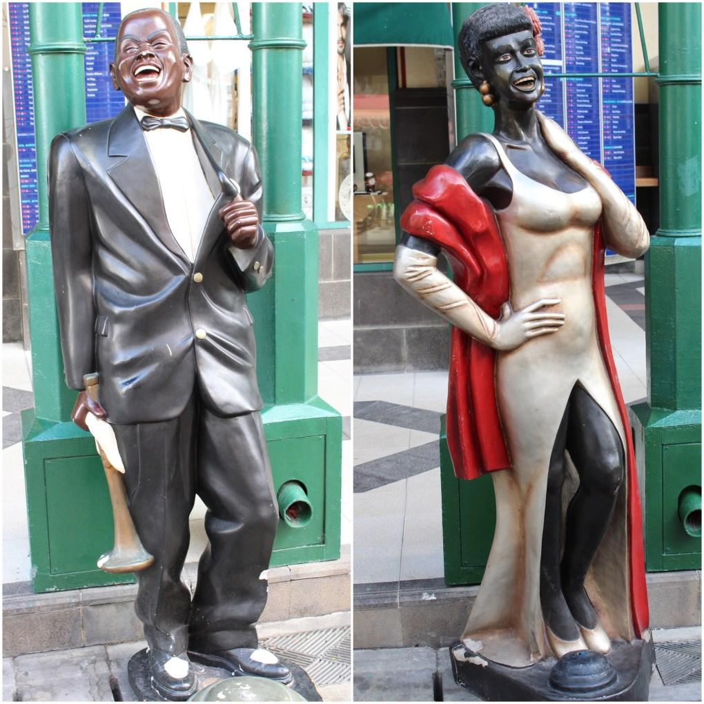 alt-port-louis-mauritius-statues