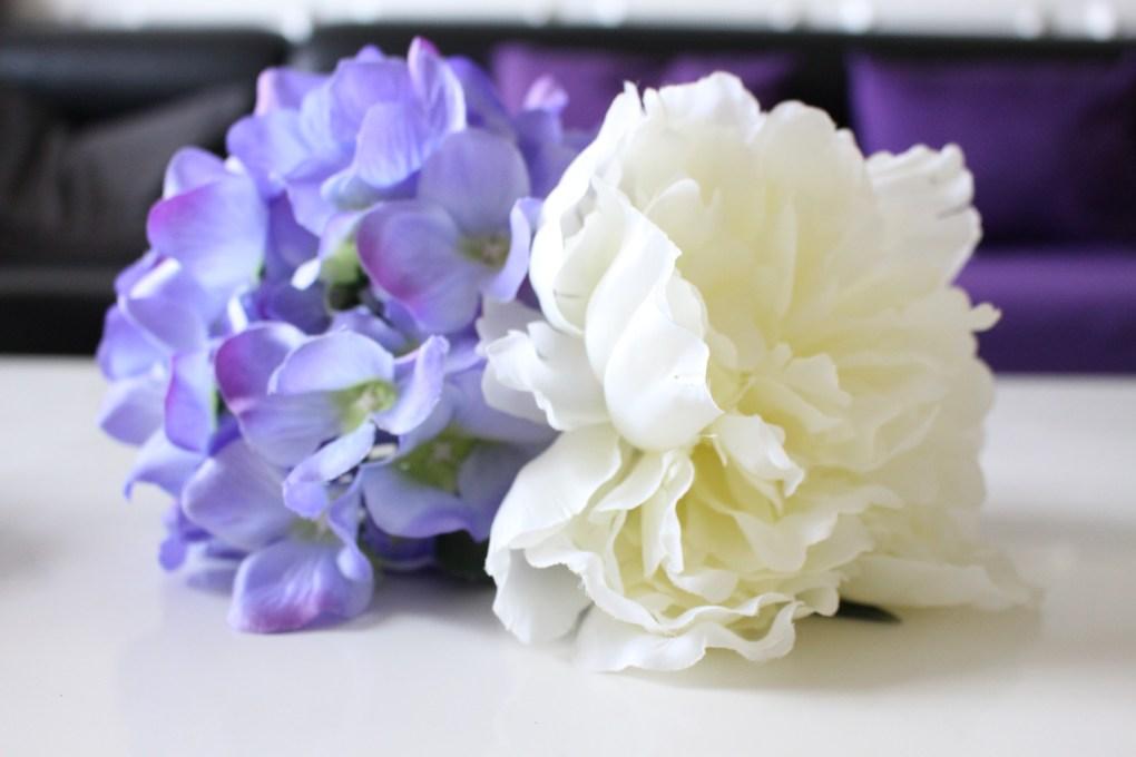 alt-fleurs-violette-blanche